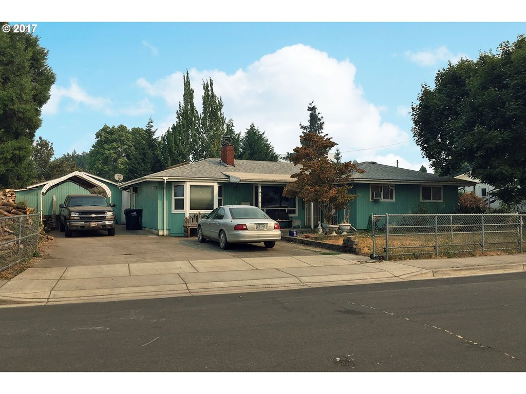 978 QUINALT ST Springfield, OR 97477 - MLS #: 17659146