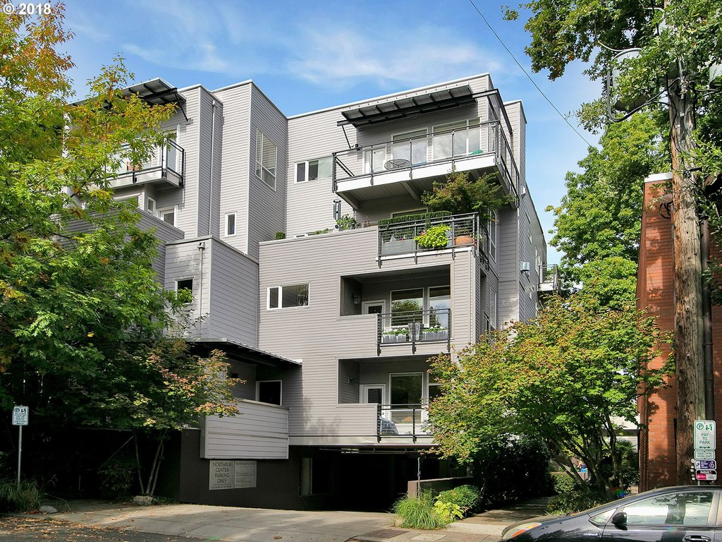 2327 NW NORTHRUP ST Unit 16 Portland, OR 97210 - MLS #: 18626692