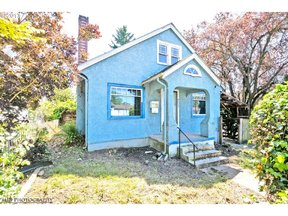 Property for sale at 4052 SE Holgate BLVD, Portland,  OR 97202